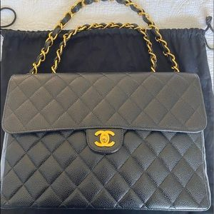 Chanel Jumbo Black Caviar Single Flap Classic GHW